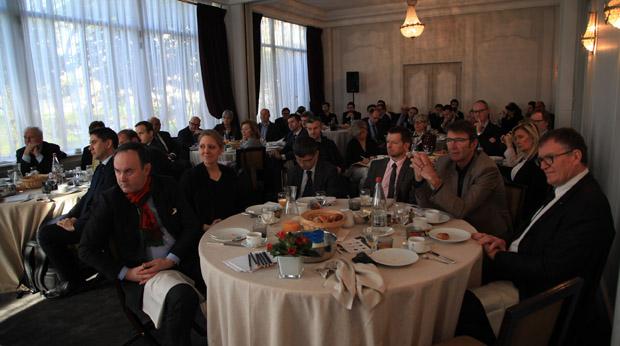 La salle a échangé avec l'invité en deuxième partie de l'événement.